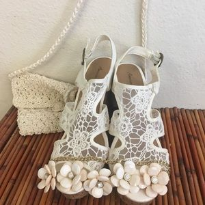 American Eagle Outfitters Shoes - Bundle Buy AEO Sandals/Bag/Necklace You Get all 3!